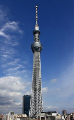 Tokyo_Sky_Tree_2012_v2